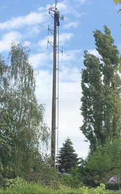 Technicien_sur_pylone
